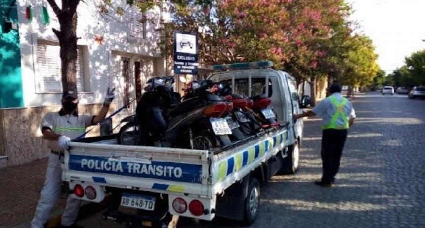 Secuestraron 25 motos y detuvieron a un hombre por agresiones