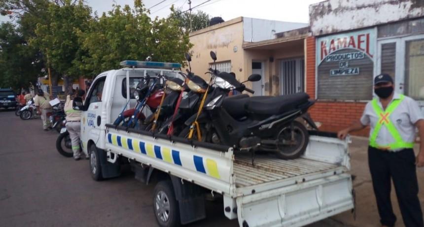 Retuvieron 20 motocicletas en un control realizado en barrio Catedral