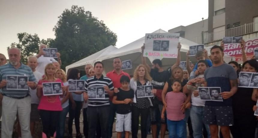 Familiares y amigos de Cristian Robledo se sumaron al pedido de justicia por Fernando