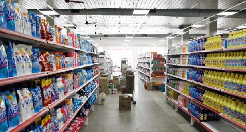 Le darán un bono de $5.000 a los empleados de los supermercados de la ciudad